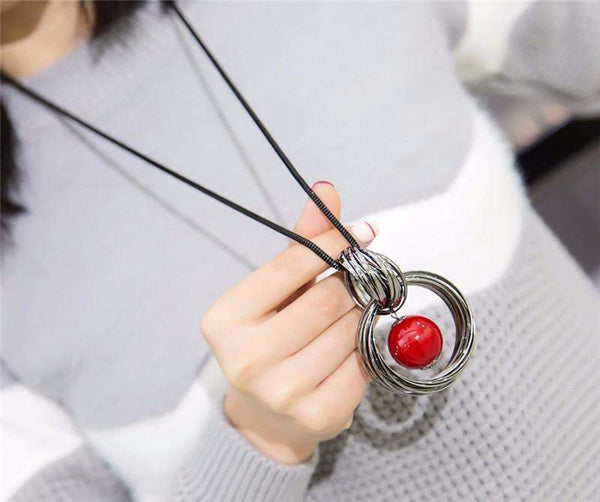 Fashionista Choice! Simulated Pearl Ball Long Necklace