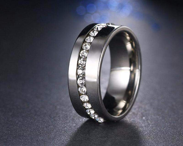 Top Selling Stylish AAA+ Cubic Zirconia Slash Wedding Ring Band