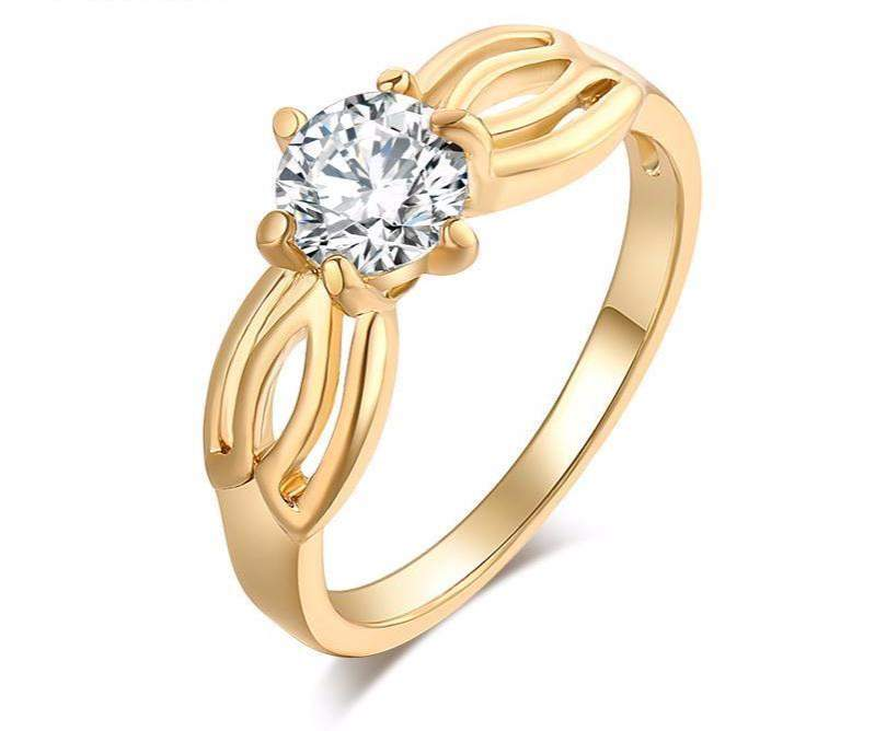 Top Rated Six Claws AAA+ Zirconia Bridal Ring
