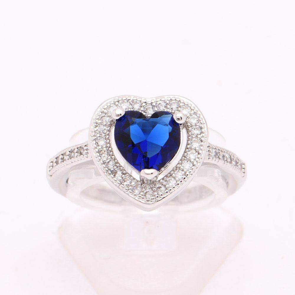 Top Rated Vintage Heart LOVE Ring