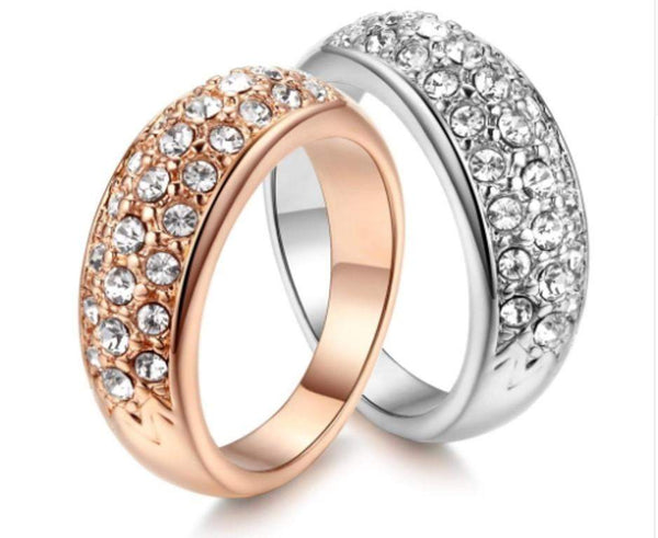 Flashy Crystal Studded Engagement / Wedding Ring