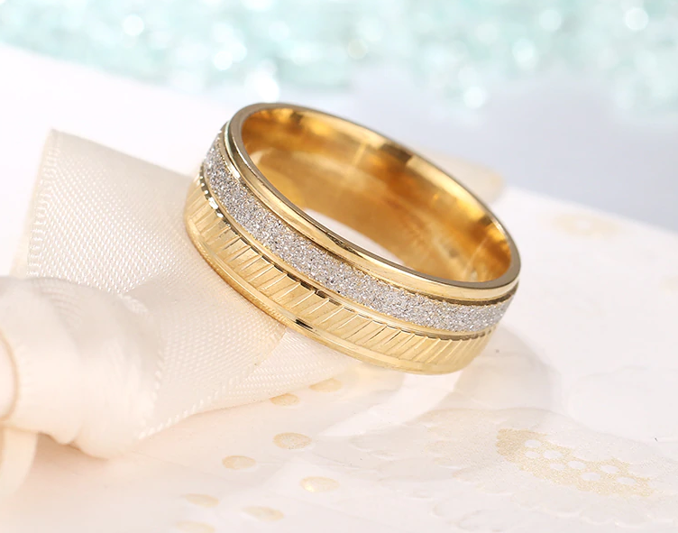 Half Silver Frosted Half Gold Wedding Ring Band For Men And Women
