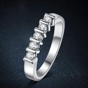 Highly Recommended Five Crystals Wedding Ring Band