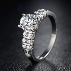 Top Selling Sophisticated Square Cut Crystals Wedding Ring
