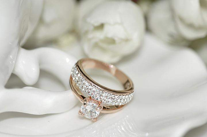 Classic Cubic Zirconia Wedding Ring
