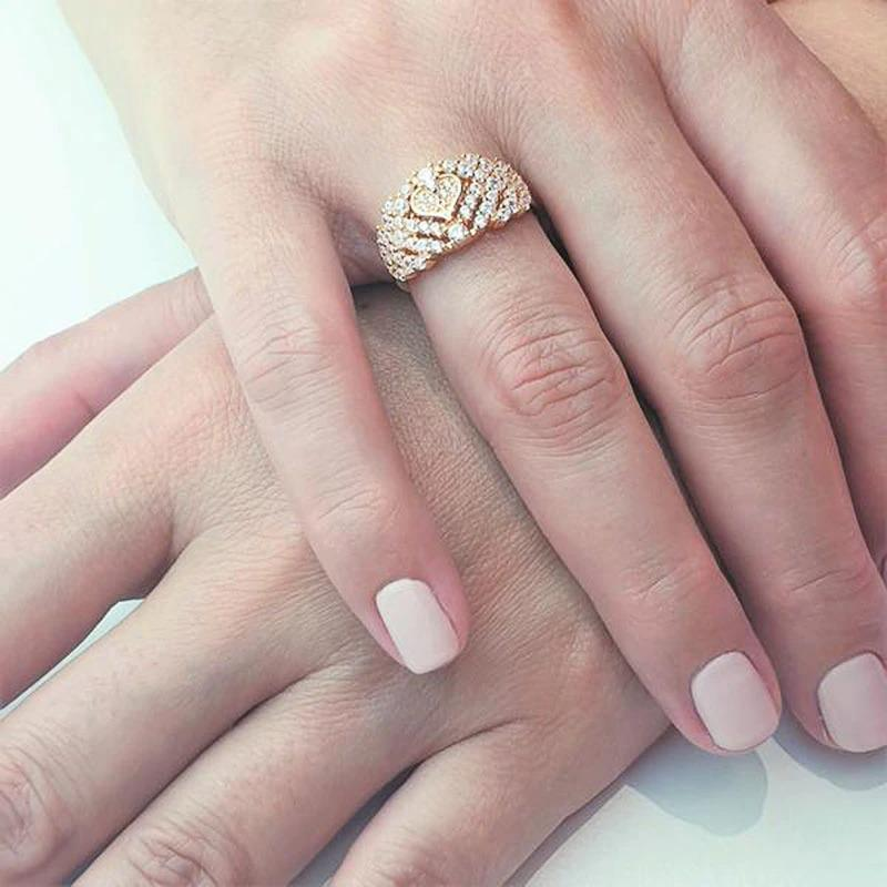 Delicate Anniversary Lady Ring