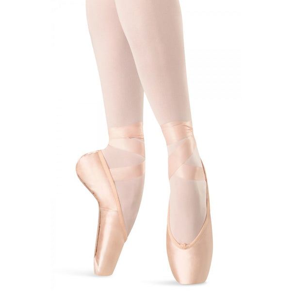 Hannah Pink Pointe Shoe