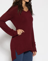WENS Apparel Cabrini Sweater Top with long sleeves in color Burgundy