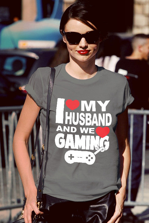 FunkyShirty I Love my Husband and we Love Gaming  Creative Design - FunkyShirty