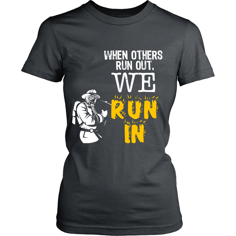 FunkyShirty When Others Run Out. We Run In (Women)  Creative Design - FunkyShirty