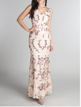 Perfect for for anything from prom, weddings, pageants, graduation, quinceañras, holiday