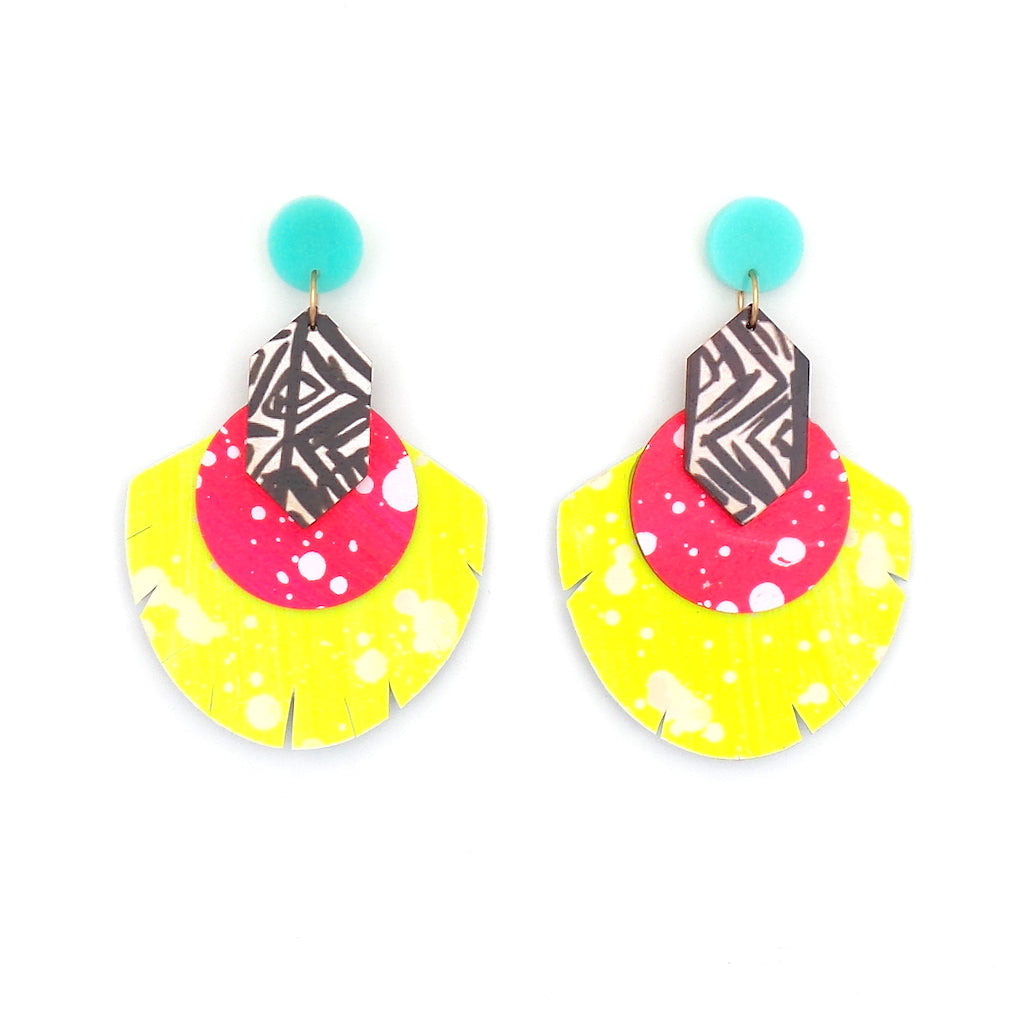 Renee Neon Pink Black White Highlighter Earrings - Estilo Concept Store