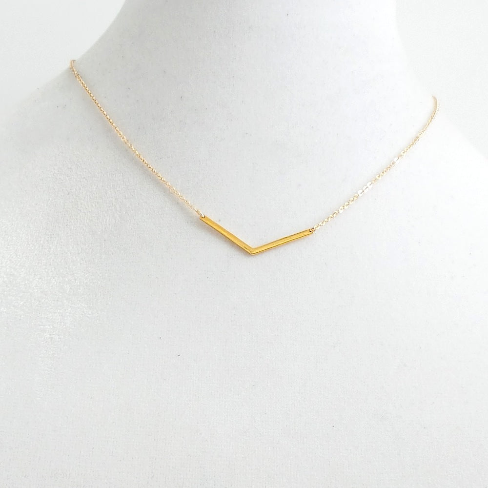 On Point Pendant Necklace