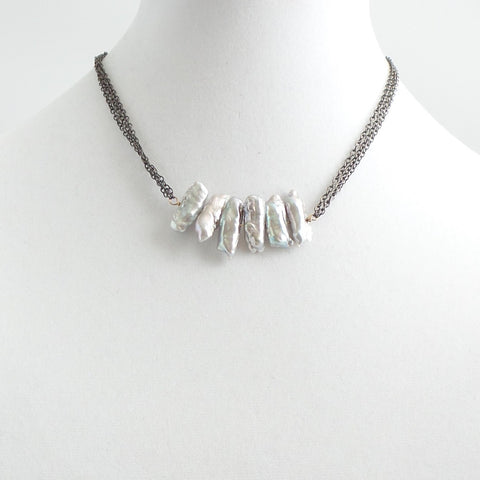 Vertical Bar Gray Pearls Necklace