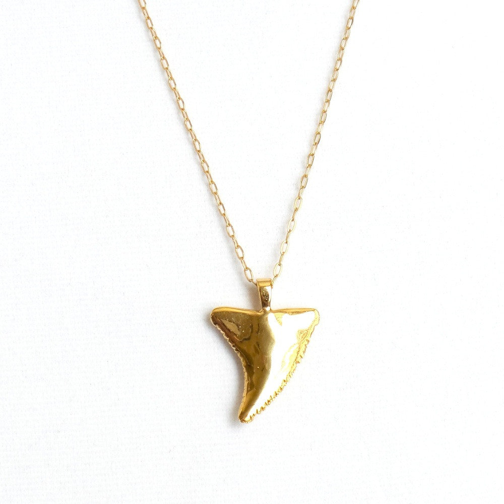 in jewelry sharks gallery shark pink gold necklace product givenchy lyst pendant tooth