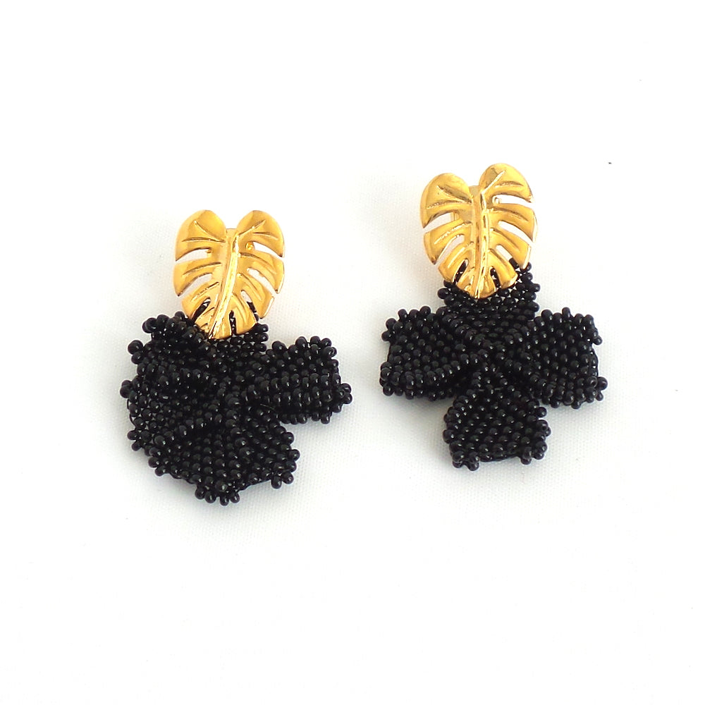 Black Single Graden Earrings - Estilo Concept Store