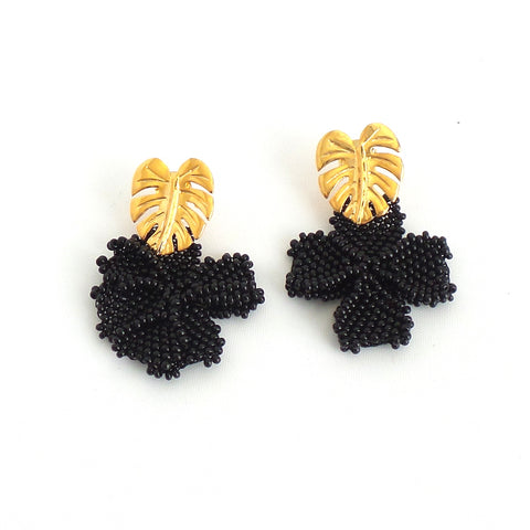Black Single Graden Earrings