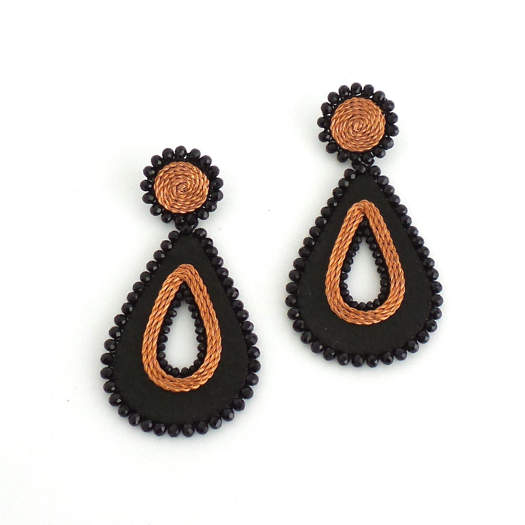 Black Teardrop Earrings - Estilo Concept Store