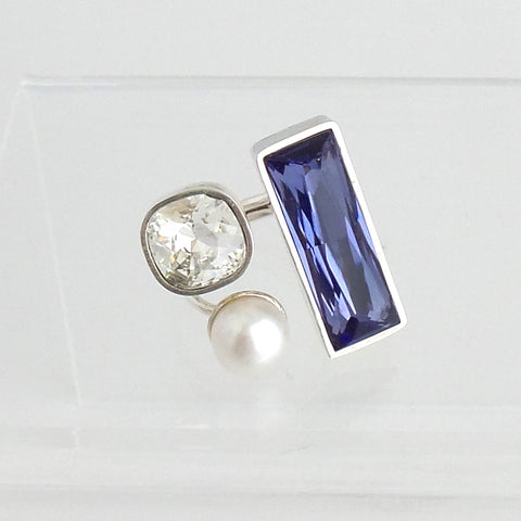 Lilac and Clear Swarovski Crystals and Pearl Ring