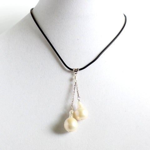 Two Drop Pearls Choker Necklace