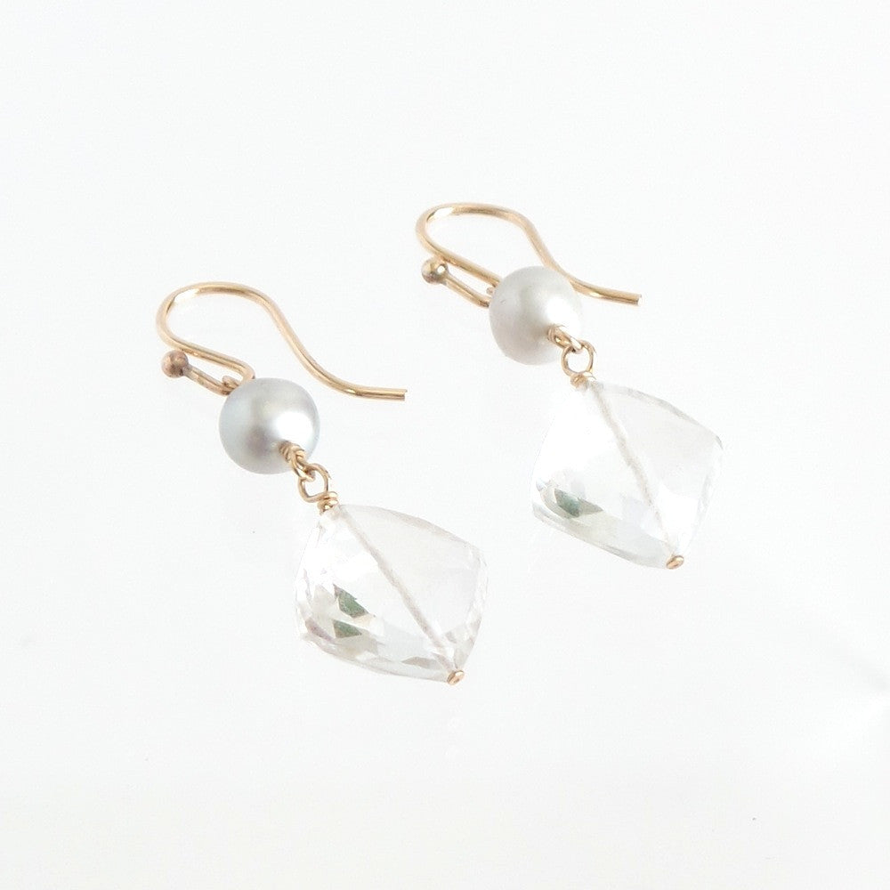Crystal and Pearl Pendant Earrings - Estilo Concept Store