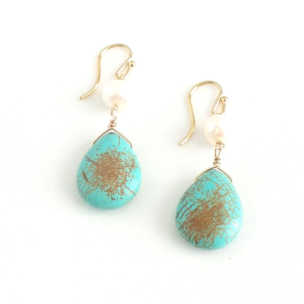 Turquoise Drops with Pearl Pendant Earrings - Estilo Concept Store