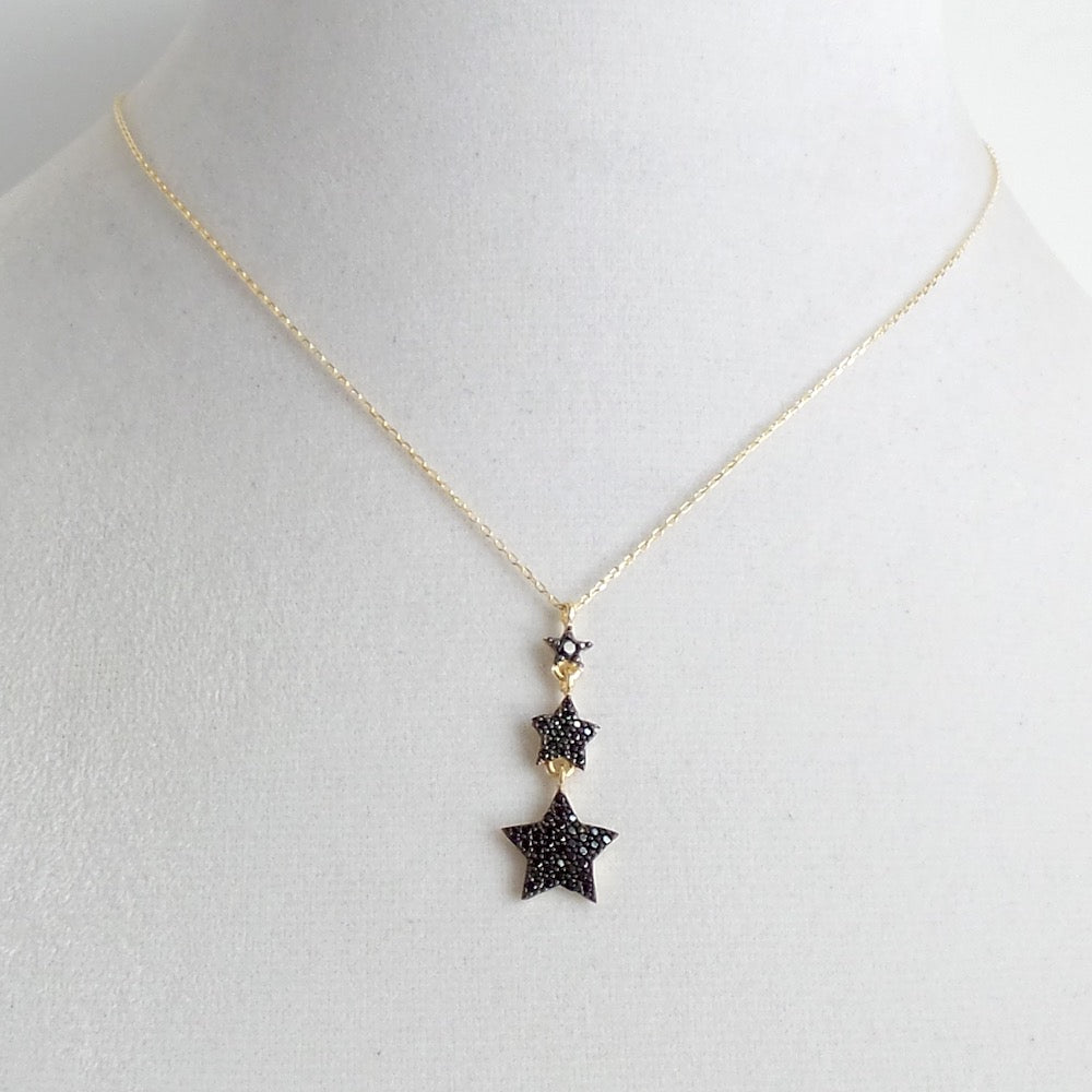 Triple Star Pendant Necklace - Estilo Concept Store