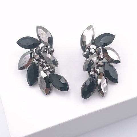 Ellie Black Stud Earrings - Estilo Concept Store