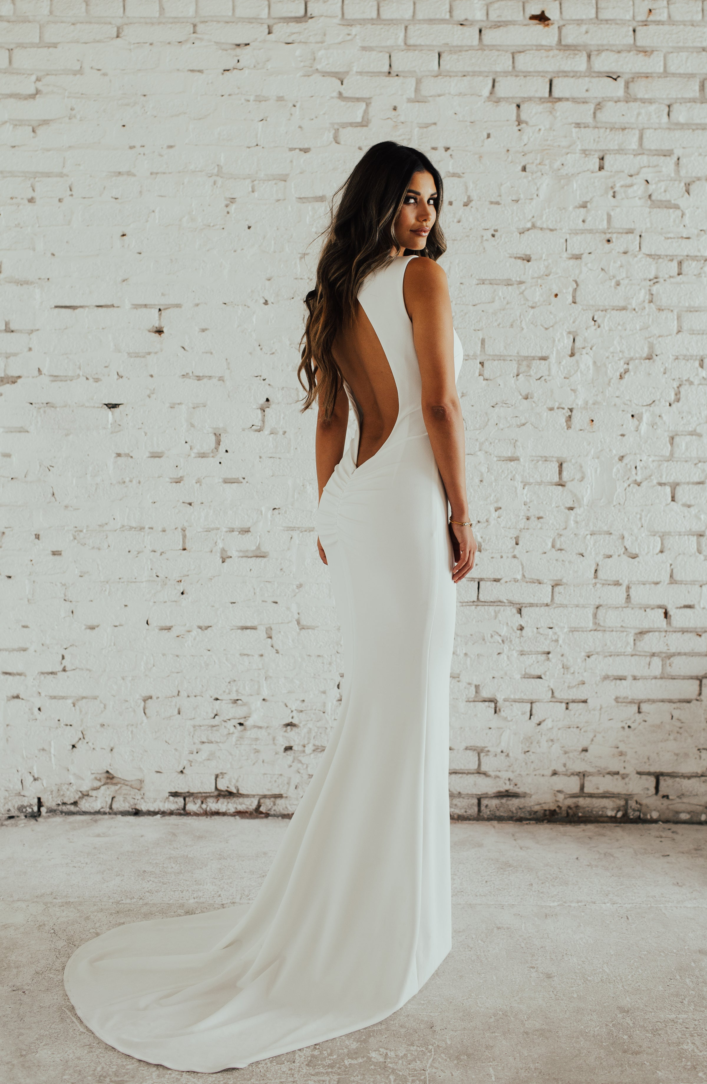 Sample Sale Wedding Dresses Meaning Ficts