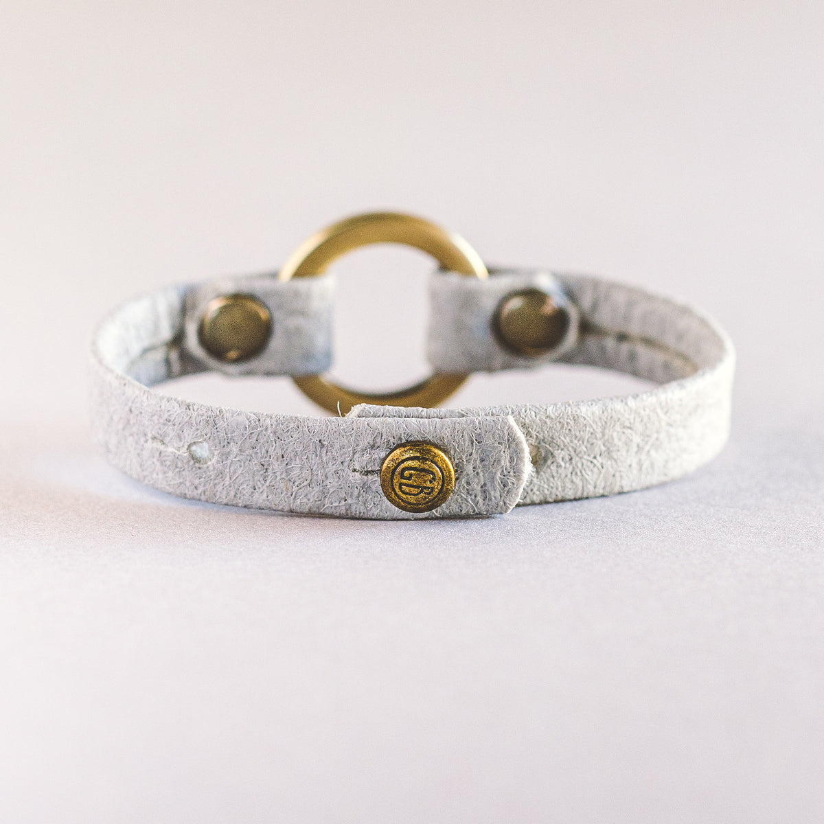 Vegan Circle of Love - Antique Brass