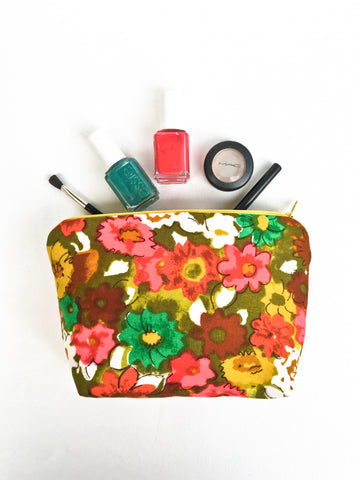 Garden Floral Zipper Cosmetic Bag