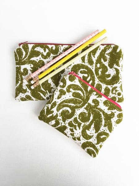Green and White Zipper Pouch Set
