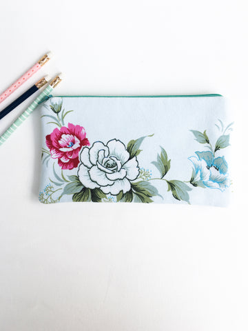 Rose Garden Zipper Pouch