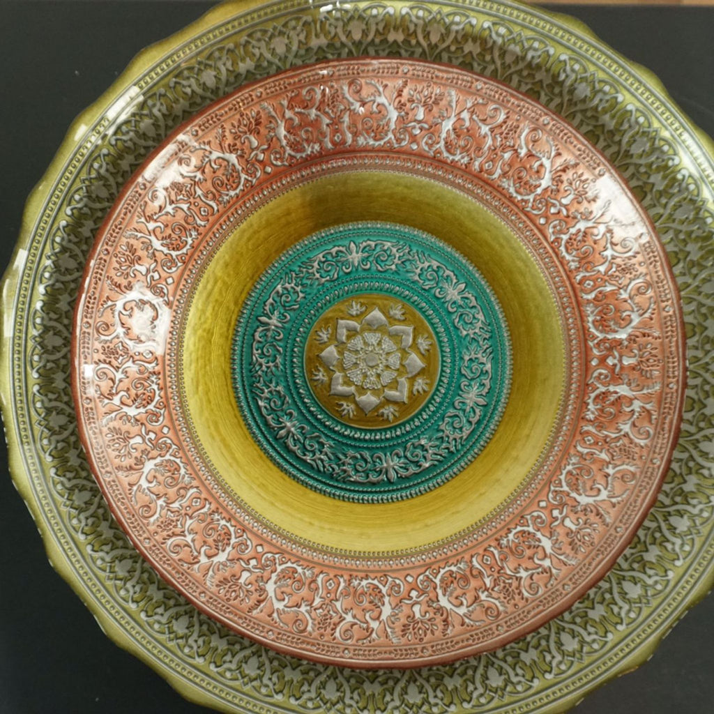 Set of Plates/Bowls