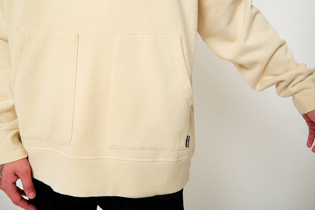 HOODED CREWNECK