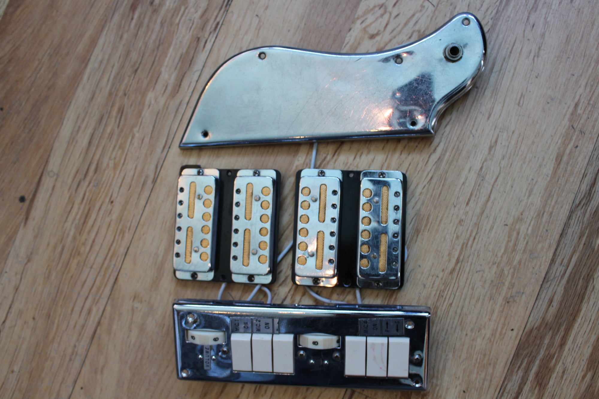 Gold Foil Pickup Quad - Vintage Guitars