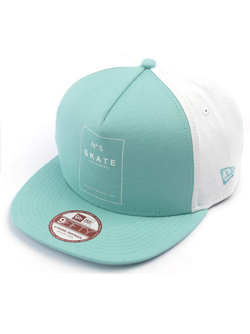 8FIVE2 N852 New Era Snapback, Blue/white
