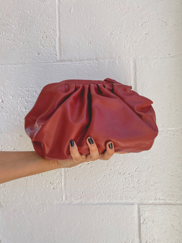 BABY VAN DER WOODSEN CLUTCH // CHERRY WINE