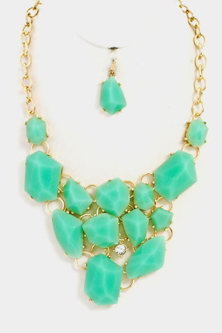 Chunky Statement Necklace in Mint
