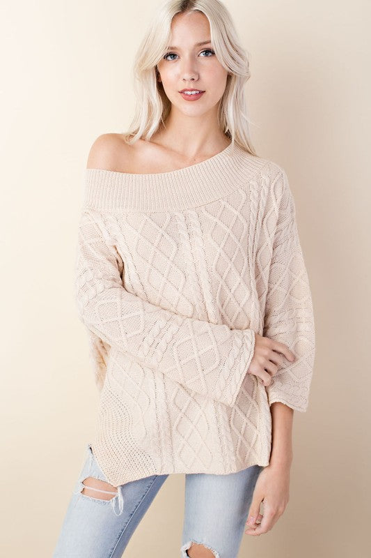 Oversized Cableknit Sweater in Cream