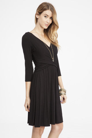 Knit Wrap Dress in Black   ROUTE 32