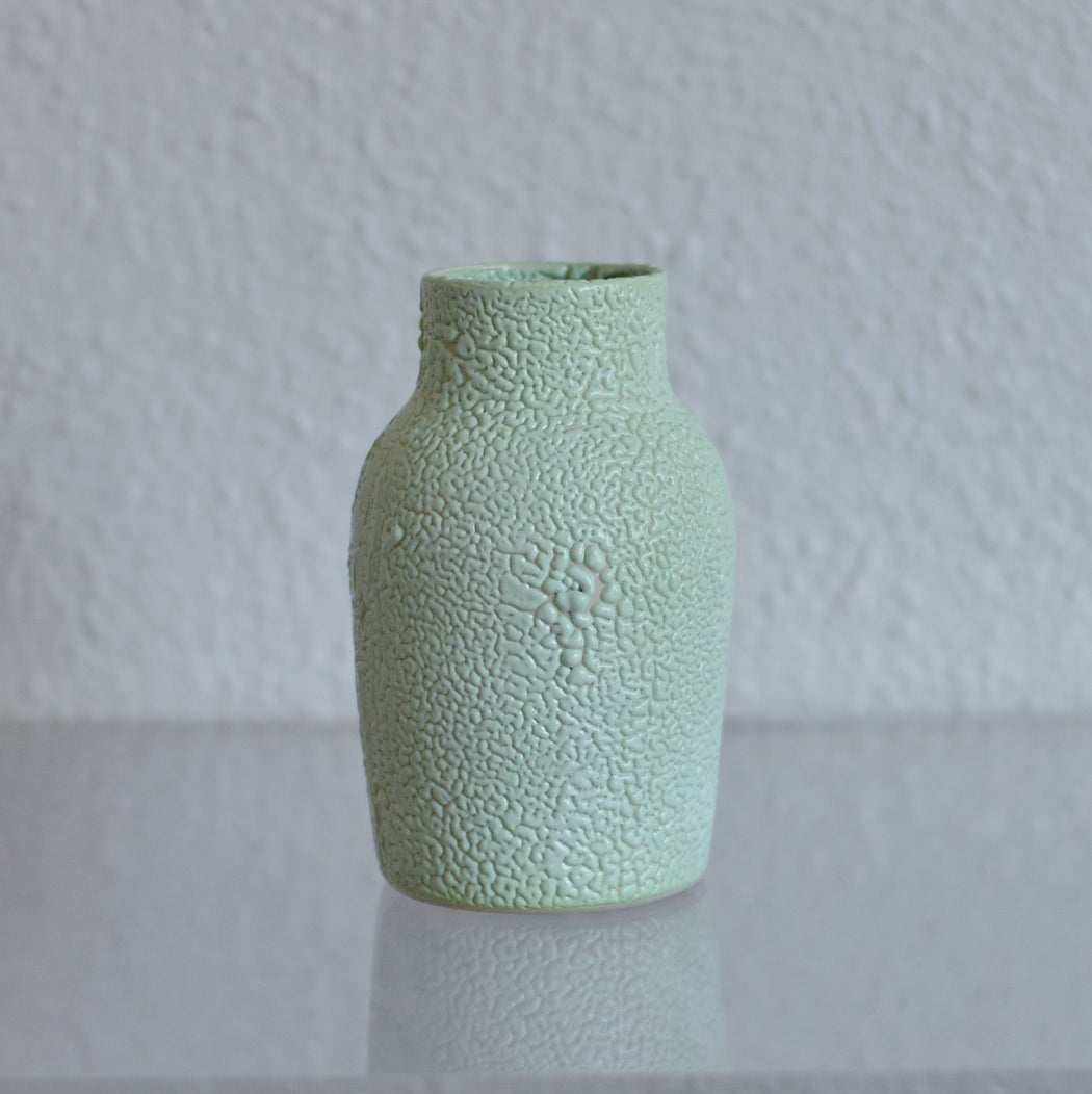 *ONE OFF* Dewy Glaze Vessel in Honeydew