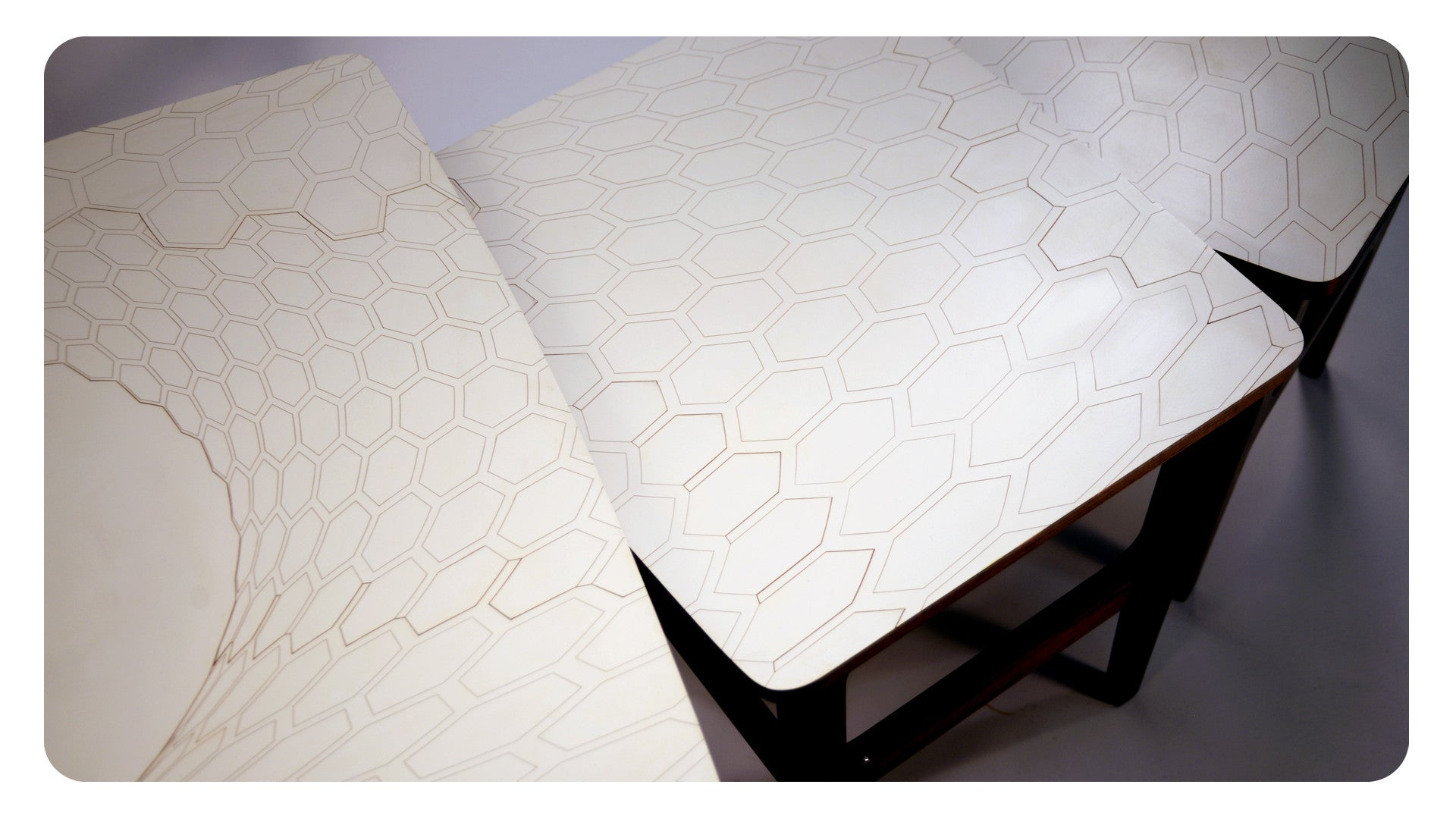 Hexaplane in White