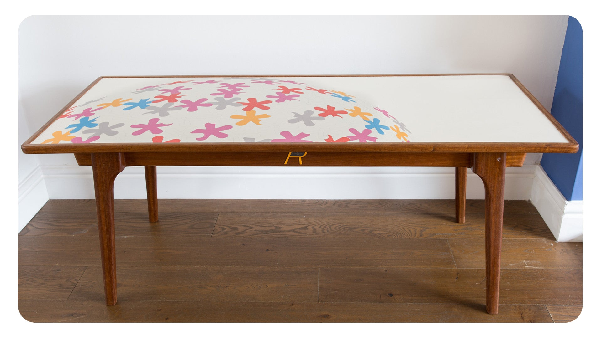 Lollipop in Colour - Coffee Table