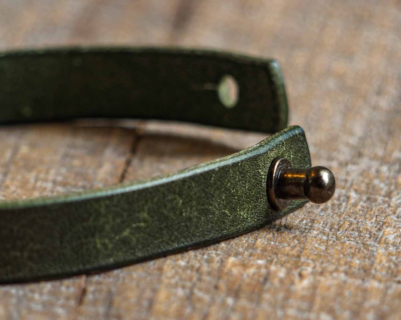 Luava leather wrist band pueblo olive