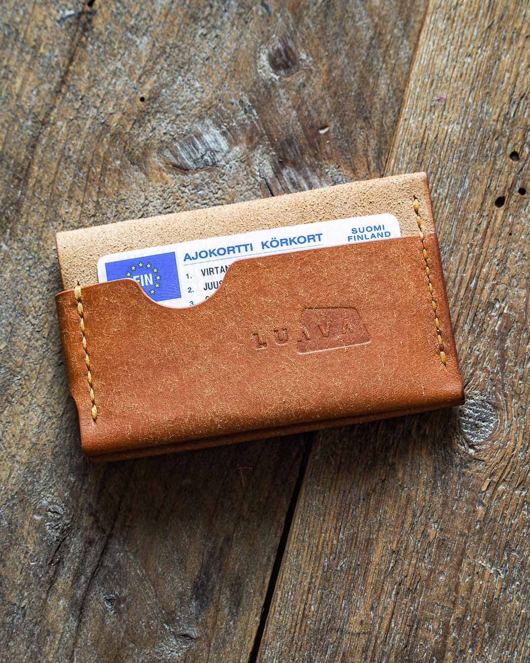 Luava handmade leather wallet handcrafted card holder cardholder made in finland flat badalassi carlo pueblo cognac back in use