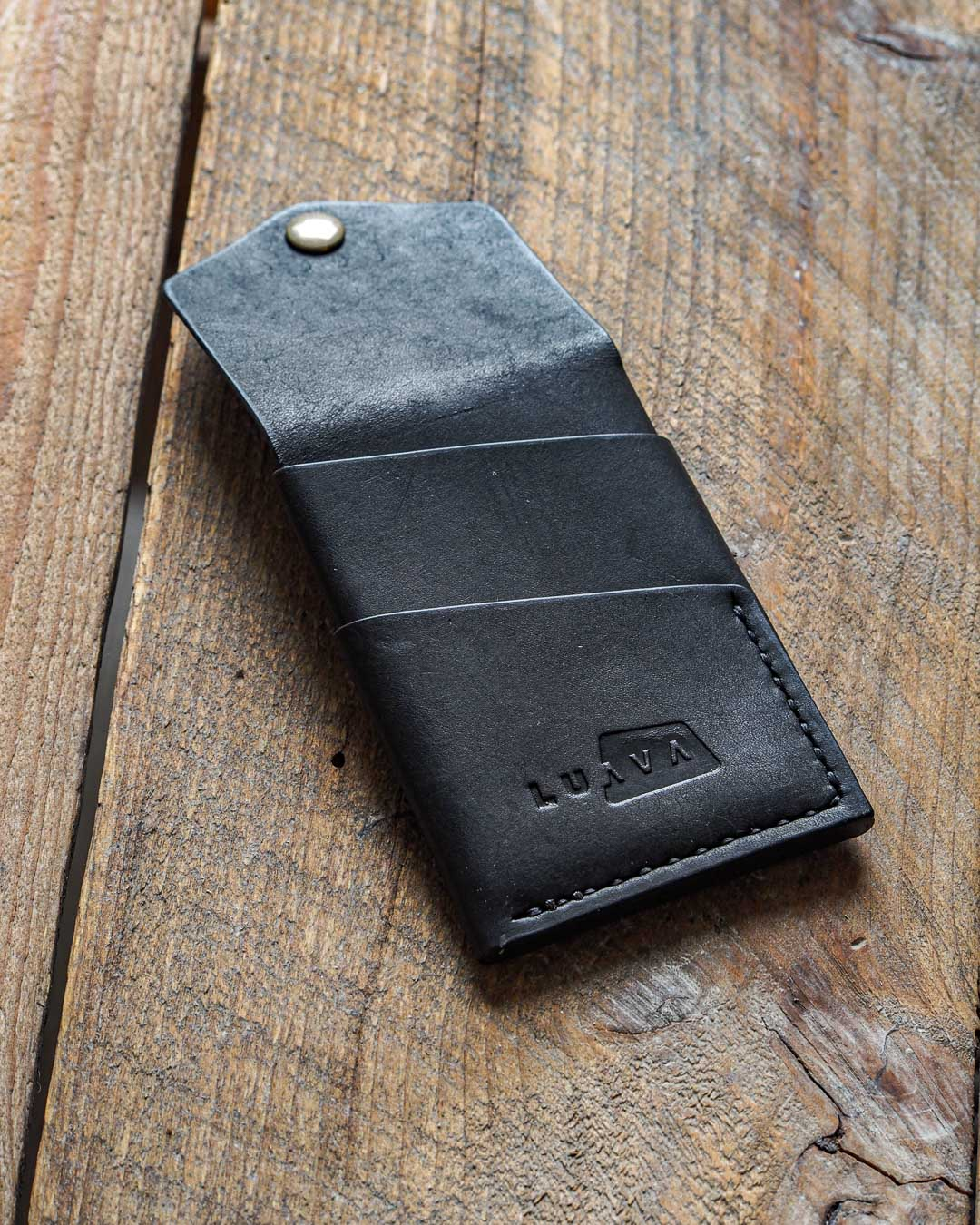 Luava handmade leather wallet handcrafted card holder cardholder made in finland overfold pueblo black back open angle