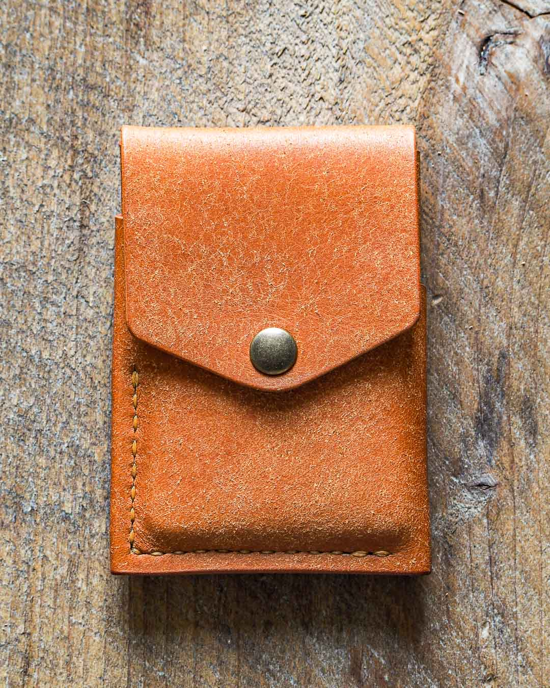 Luava handmade leather wallet handcrafted card holder cardholder made in finland overfold badalassi carlo pueblo cognac front