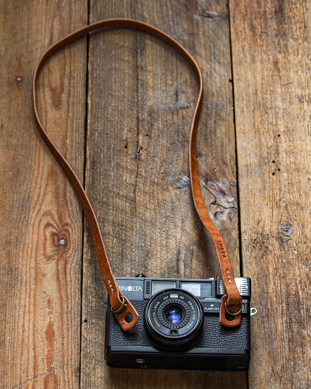 Luava handcrafted leather slim fixed camera strap badalassi carlo pueblo cognac
