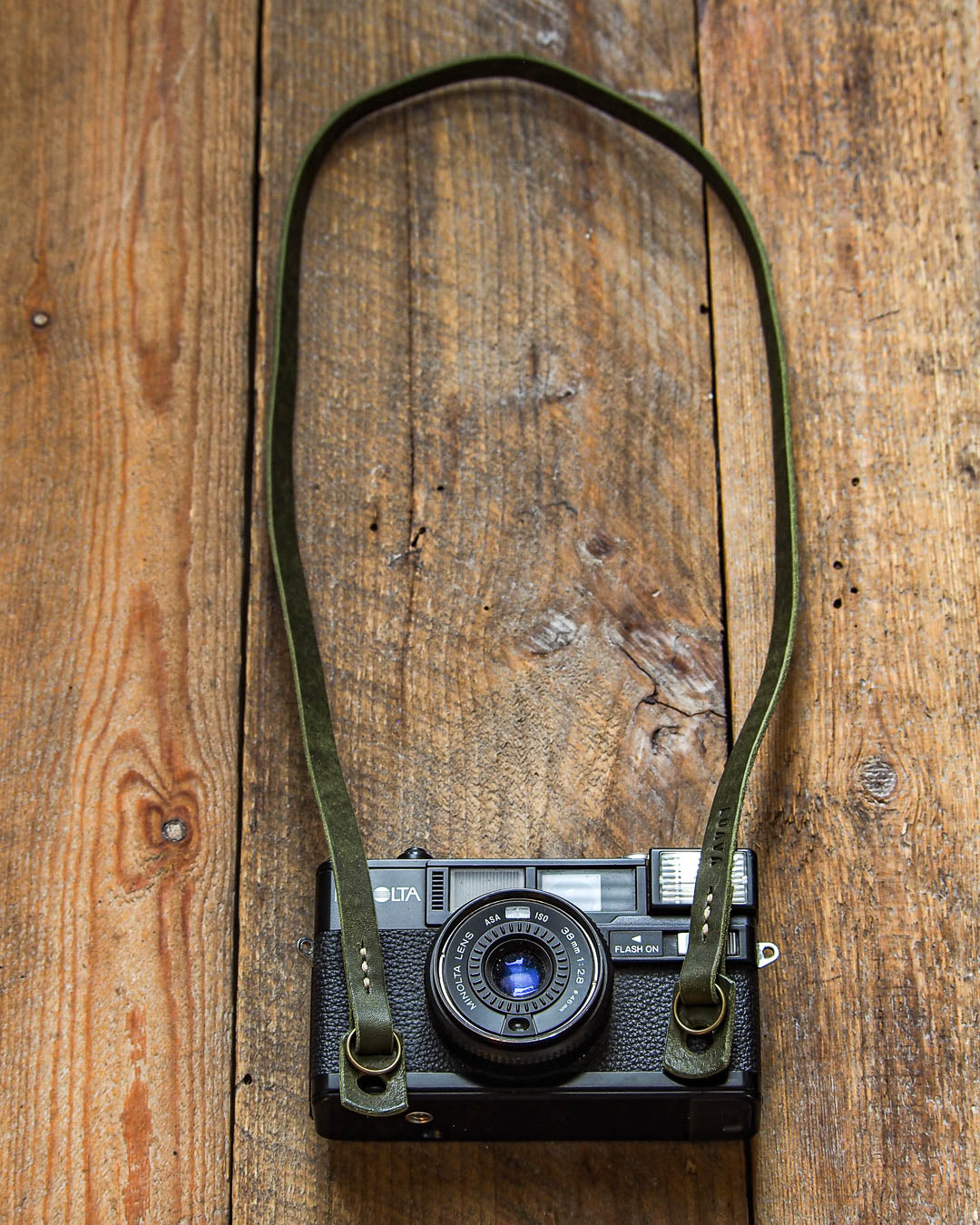 Luava handcrafted leather slim fixed camera strap badalassi carlo pueblo olive
